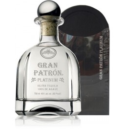 "Текила ""Grand Patron"" Platinum, gift box, 0.75 л"